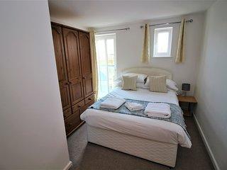 Residential Estates - Two bed Apartment Saddlery sleeps 4