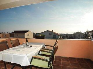 Brodarica Apartment Sleeps 7 with Air Con - 5832585