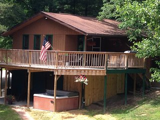 1st Choice Cabin - White Tail - Hocking Hills Ohio