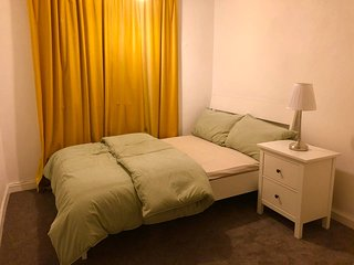 Modern Double Room nearby Heathrow