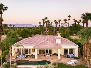 Palmer by AvantStay   Coachella Home w/ Hot Tub - Walk to Festival Grounds