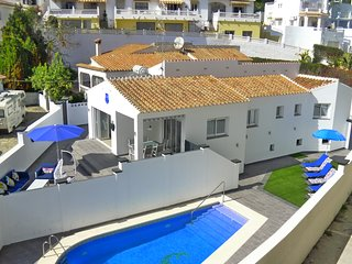 R1273 - Villa Playa Burriana