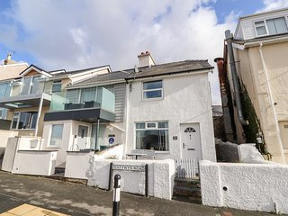 The View, open plan, scenic views, pet friendly, in Deganwy, Ref. 963173