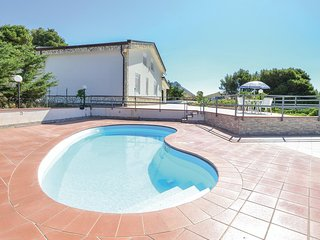 Amazing home in Monreale w/ Outdoor swimming pool, WiFi and 5 Bedrooms (ISP187)