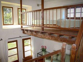 Leccio:app. di 80 m2, a piano terra,con 2 terrazzi e vista mozzafiato
