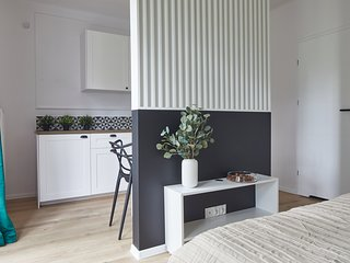 Studio Apartment - Chmielna 5
