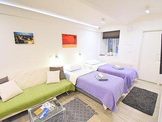 Donos Alfa studio apartment center Zagreb
