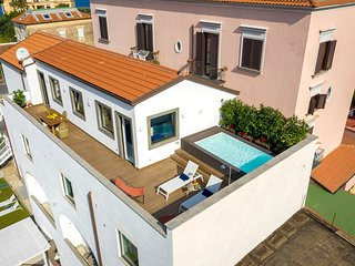 Sant'Agnello Apartment Sleeps 7 with Pool Air Con and WiFi - 5832018
