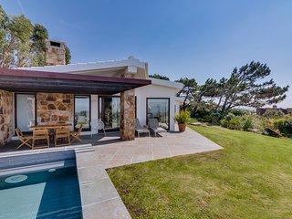 NEW – Location Cascais : Magnifique Villa 7 pax avec Piscine et Vue sur la Mer !