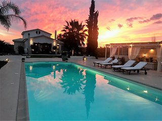 Pool villa Vravrona Tower near Athens