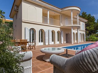 Cala Tarida Villa Sleeps 4 with Pool Air Con and WiFi - 5805604