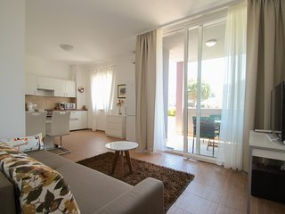 Holiday home 186606 - Holiday apartment 217902