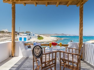 Manolis and Filio Home-By the sea