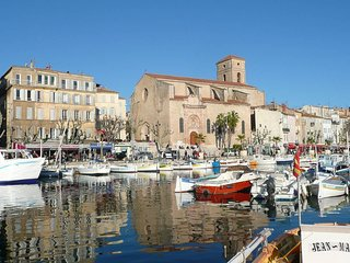 Grand studio sur le port de La Ciotat