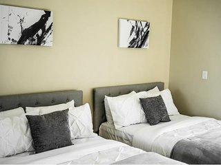 Beautiful Apartment Near Disney|Angel's|CSUF&More!