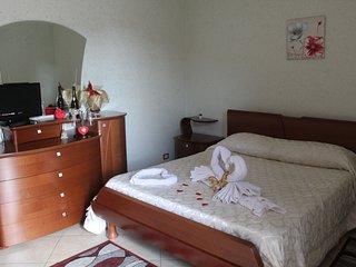 Suite nido segreto - Casa Due Torri. Idromassaggio, aria condizionata, terrazza.