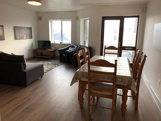 Beautifully decorated, family friendly, 2 bedroom Kilkee Apartment.