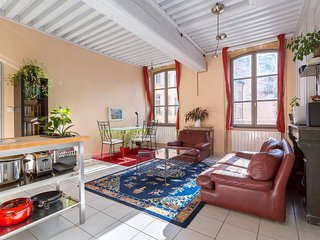 Spacious flat, at the heart of 'le Vieux Lyon'
