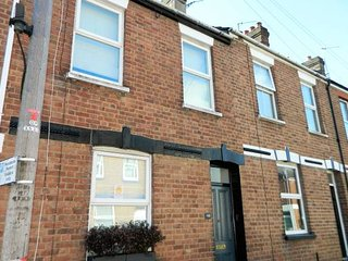 Cosy Victorian Terrace in the heart of Exeter