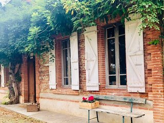 Beautiful  6 Bedroom Farm House in Castelferrus