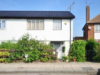 Lovely 3 bedroom house, Northolt
