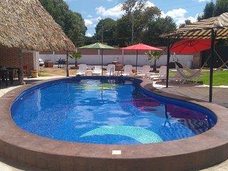 Casa equipada en el Centro con piscina