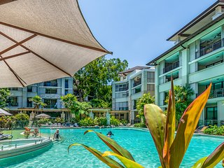 Luxury 2 bedroom 2 bath apartment Sea Temple Palm Cove