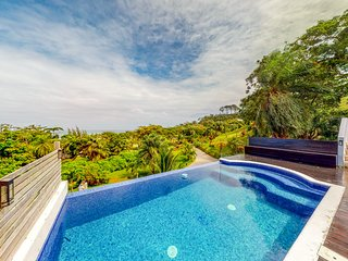 Radiant home w/ ocean views, private pool - walk to the beach!