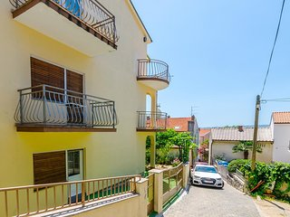 Two bedroom apartment Crikvenica (A-17497-a)