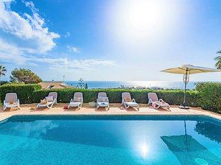 VILLA TURQUESA - Stylish large, bright villa near the beach, stunning sea views