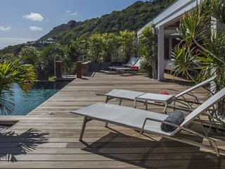 Villa Black Pearl | Ocean View - Located in Tropical Marigot with Private Pool