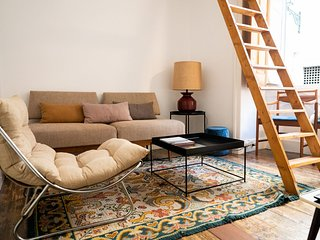 Beautiful & Comfortable 2-BDR Apartment in Lisbon