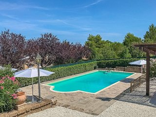 Castelletta I Holiday Home Sleeps 7 with Pool and Air Con - 5833832