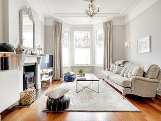 Stunning Victorian Home in Kensal Green