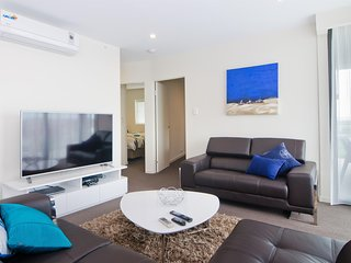 3 BR In Resort Style Complex Mins to Perth