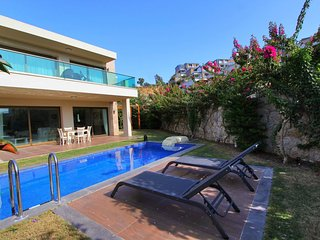 Villa Diamond - located in the quiet area of Bodrum, few meters from the beach