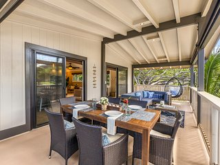 Newly Remodeled Ocean-View Home With A/C, Steps From Pipeline: Ehukai Beach Hale