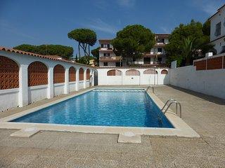 VILLA MONTGO PARC- piscina comunitaria y 3 dormitorios
