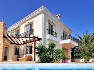 Villa Atlantos