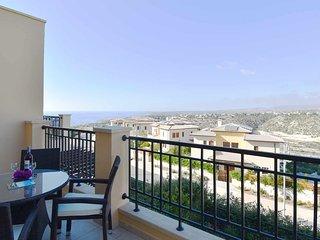 Charming apartment Trias (BJ12) with amazing sea views, Aphrodite Hills Resort