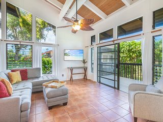 Fully Remodeled Princeville Condo With Large Lanai & Shared Pool: Mauna Kai 9