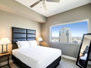 Breathtaking Stay Alfred on South Central Avenue