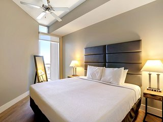 Beautiful Stay Alfred on South Central Avenue