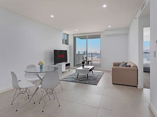 STAY&CO MASCOT STATION 1BR|1BA|4P