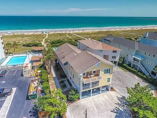 Amazing Oceanfront home awaits your escape!