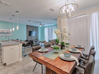 Brand New - Dream  Townhome close to Disney