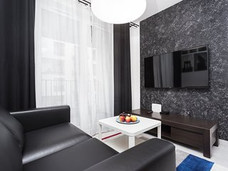 2 bedroom Apartment; near Schindler's Factory and Kazimierz Quarter, balcony