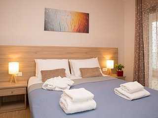 Aphrodite Studios & Apartments-2 bedroom Luxury Suite 5+1 guests