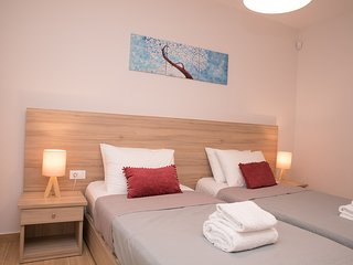 Aphrodite Studios & Apartments - 2 Bedroom Luxury Suite 4 guests