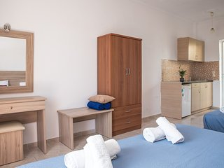Aphrodite Studios & Apartments - Triple Studio for 3 guests